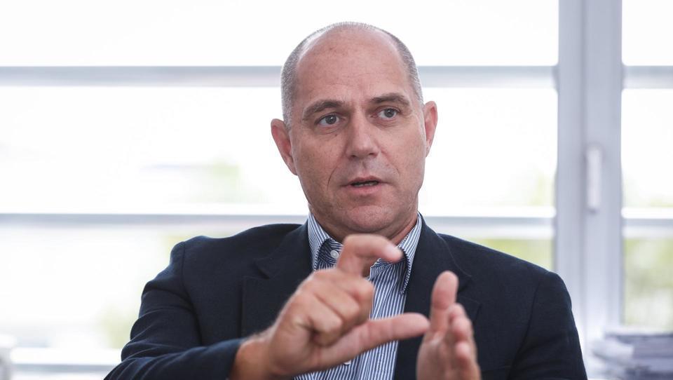 (intervju) Jože Damijan: Levica je ekscesni odgovor na ekscese kapitalizma, ki jih v Sloveniji ni