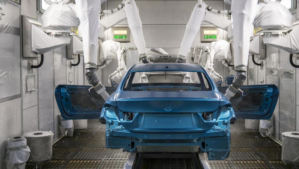 Razkrivamo, kako BMW M3 in M4 dobita divje barvne odtenke