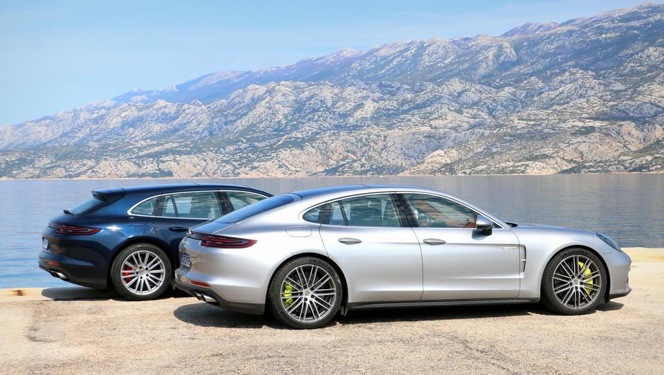 Porsche kljub kitajski preračunljivosti povečal prodajo