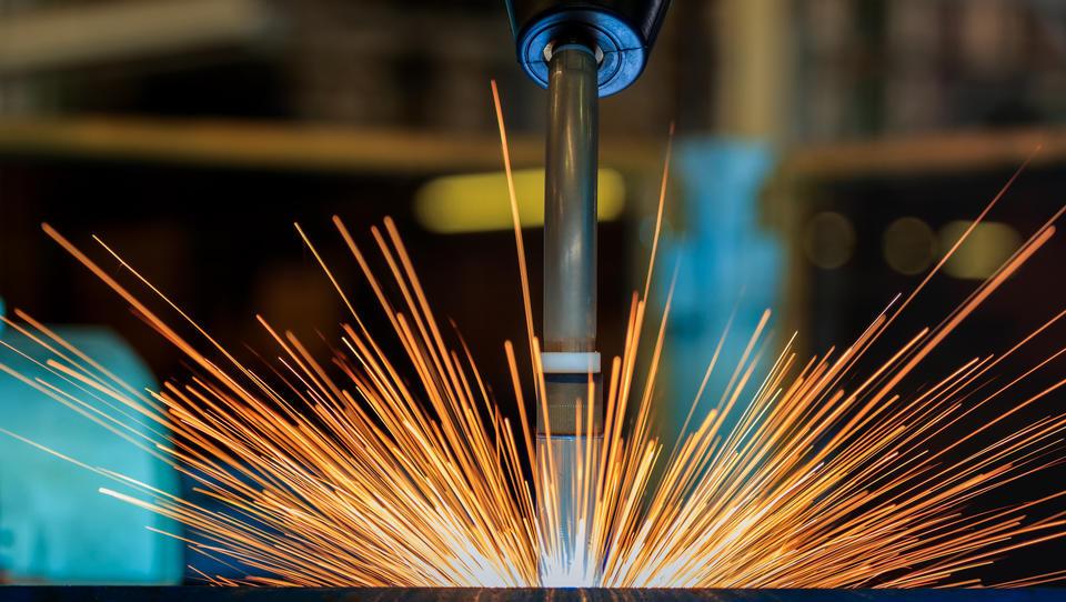 Spoznajte najboljša proizvodna podjetja v Sloveniji in se pomerite z njimi