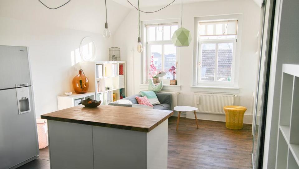 Bi služili prek Airbnb, pa ne veste povsem, kako?