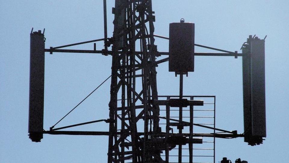 Po Sloveniji so merili visokofrekvenčno elektromagnetno sevanje. Kaj se je izkazalo?