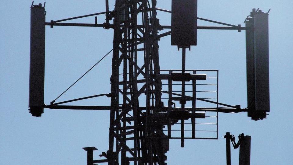 (odziv) Po Sloveniji so merili visokofrekvenčno elektromagnetno sevanje. Kaj se je izkazalo?
