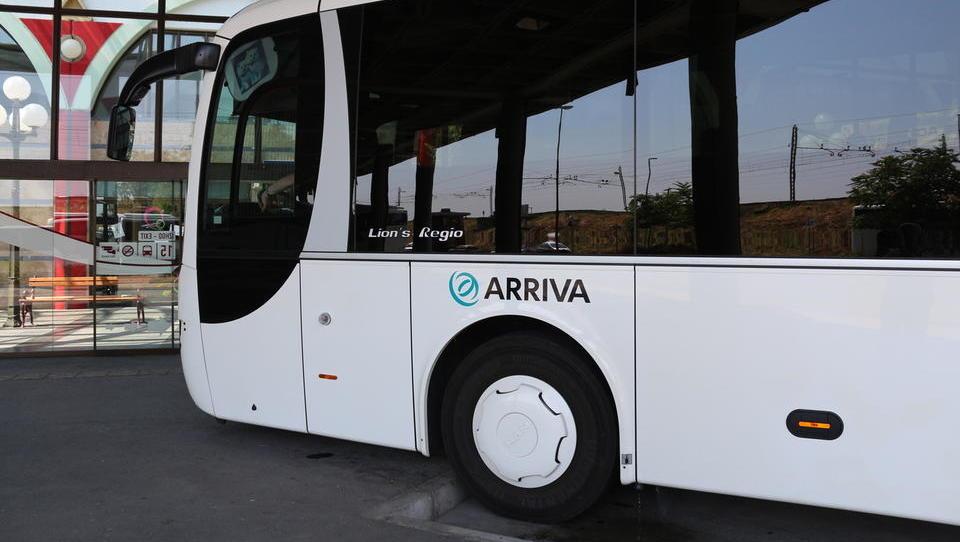 Kolikšne so povprečne plače v Arrivi, kjer so vozniki začeli stavko