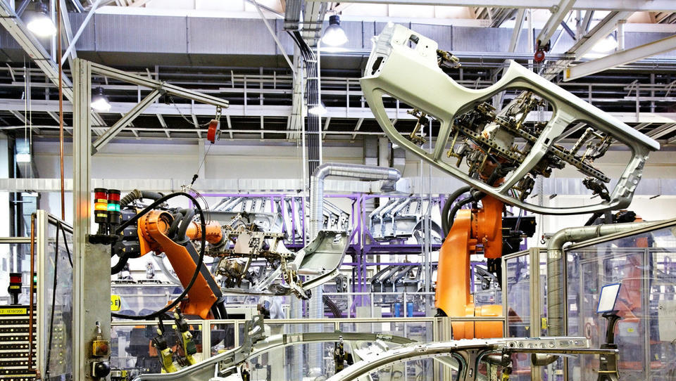 Trg industrijske avtomatizacije se znova prebuja