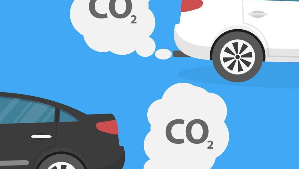 Raziskava: zakaj so električni avti danes bolj umazani od dizlov