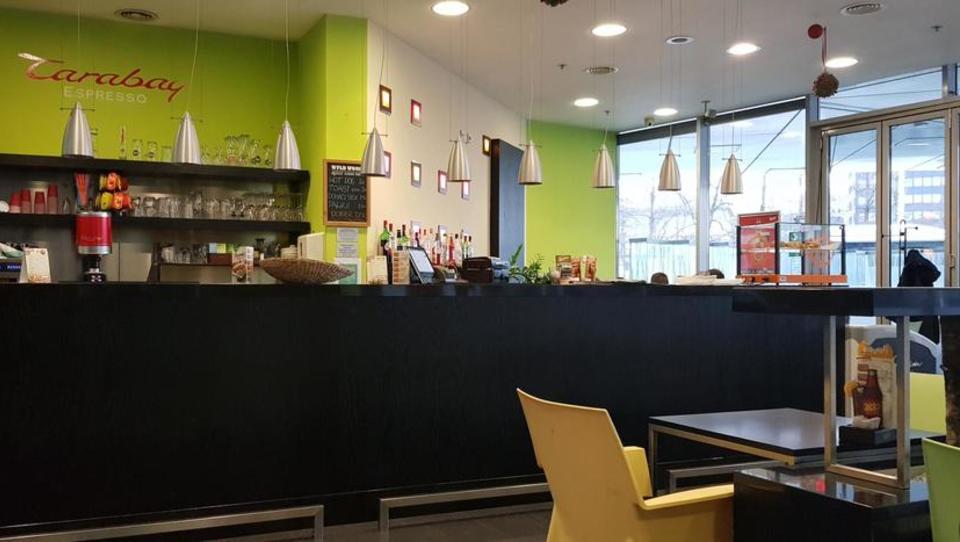 (Nepremičnina tedna) Kava bar Edoardo ob najnovejšem ljubljanskem hotelu