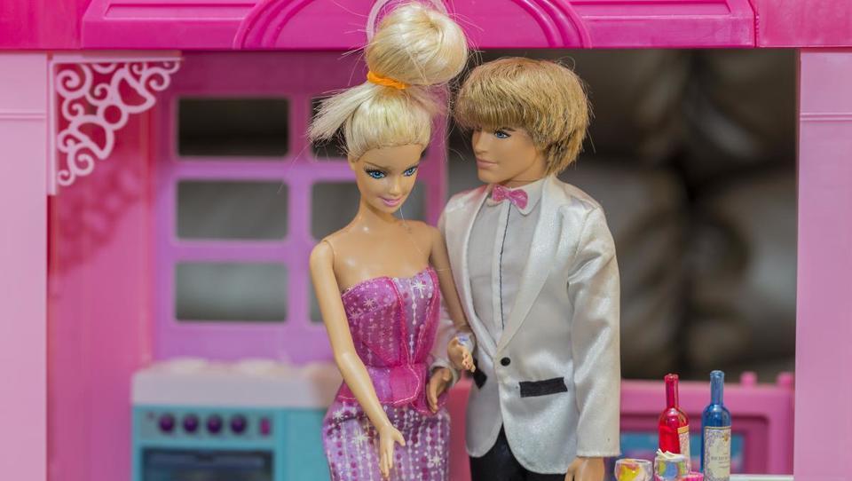 Mattel bo ukinil 2200 delovnih mest