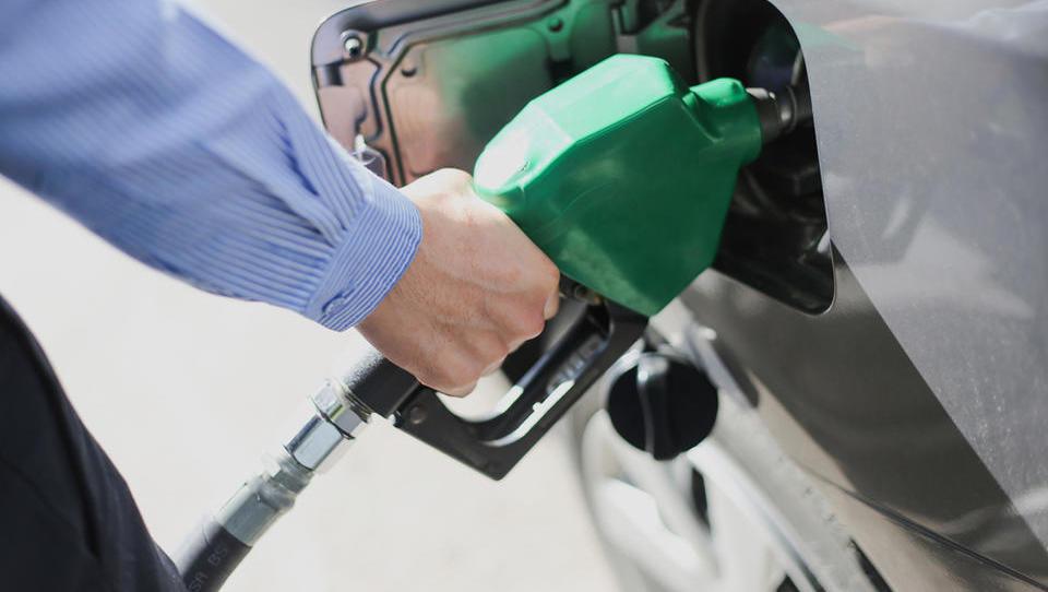 Polnjenje rezervoarja bo najdražje po letu 2015
