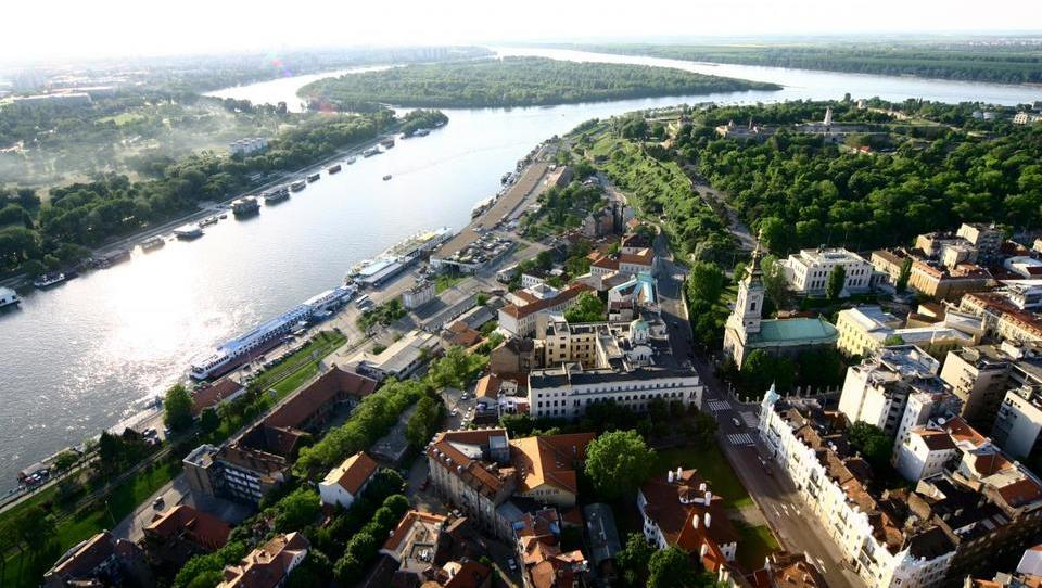 Hitri pregled tedna: Nemci se širijo v Italijo in gradijo v Srbiji, Beograd pa načrtuje nov 200 milijonov evrov vreden projekt