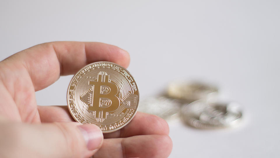 (graf) Bitcoin podrl nov rekord
