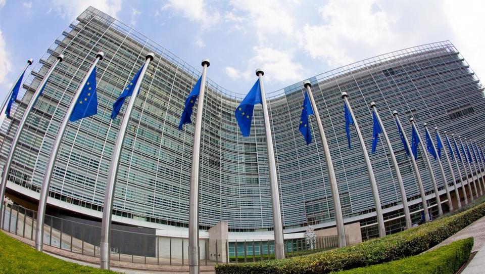 EU od Velike Britanije terja 2,7 milijarde evrov
