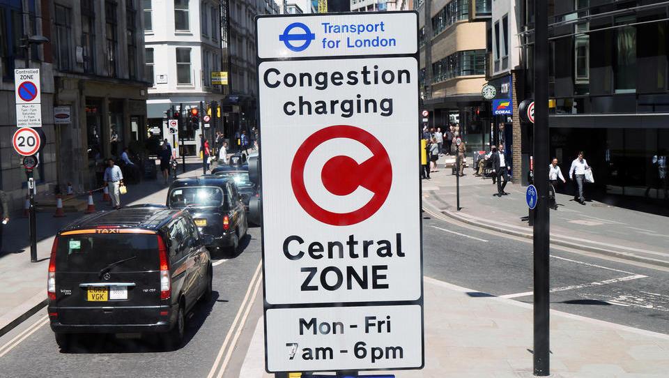 Čiščenje mest: predlog komisarke Bulc napoveduje razcvet prometne...