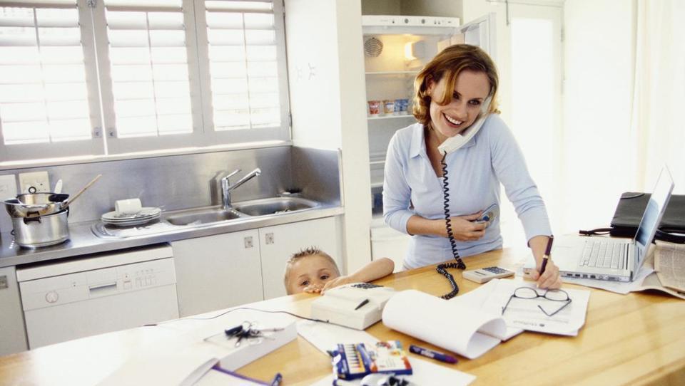 Želijo vaši zaposleni delati doma? Tako pravilno uredite delo na daljavo