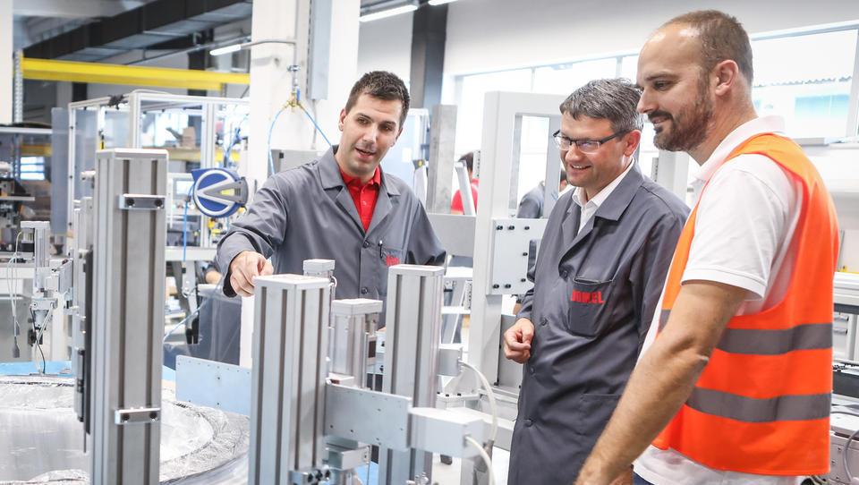 Za nagrado tovarna leta 2018 se bodo 10. oktobra v Kranju pomerili...