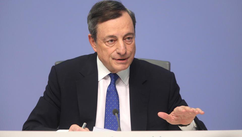 Pozor na ECB: junija je Draghi nakazal konec poceni denarja. Kaj bo povedal danes?