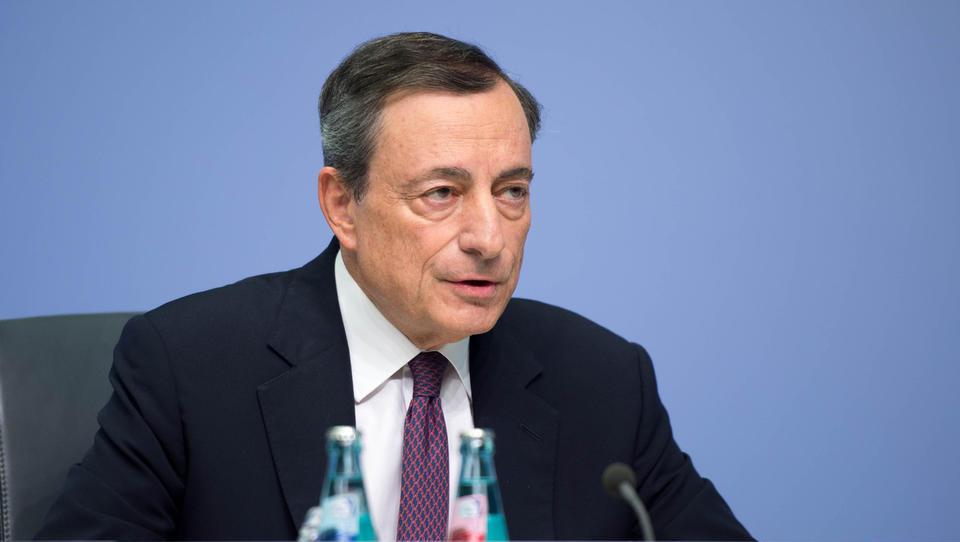 Prelom: ECB je začela opuščati spodbujevalne ukrepe – kaj to pomeni za ceno vaših posojil?