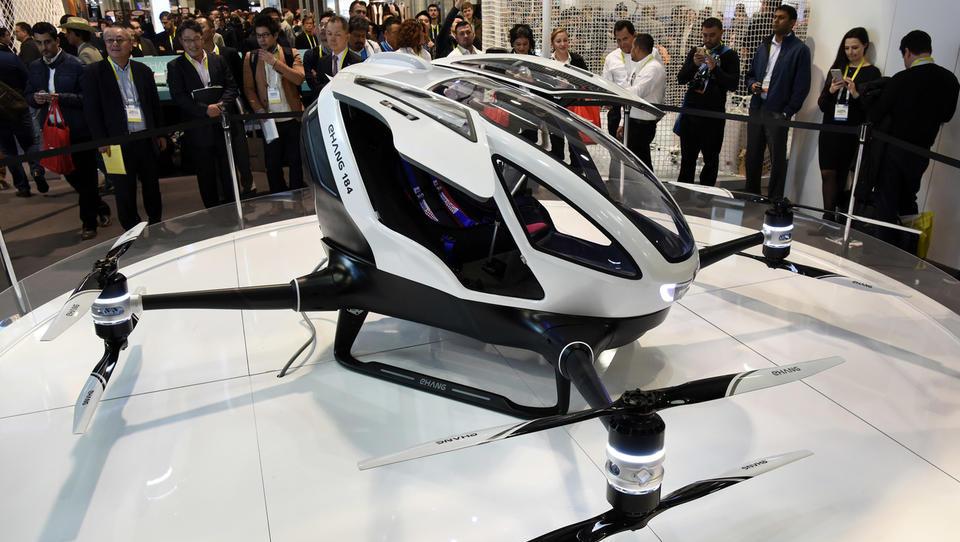 (video) V Dubaju bodo letos poleti taksiji poleteli