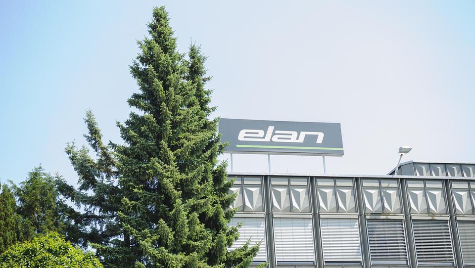 Vzponi in padci Elana