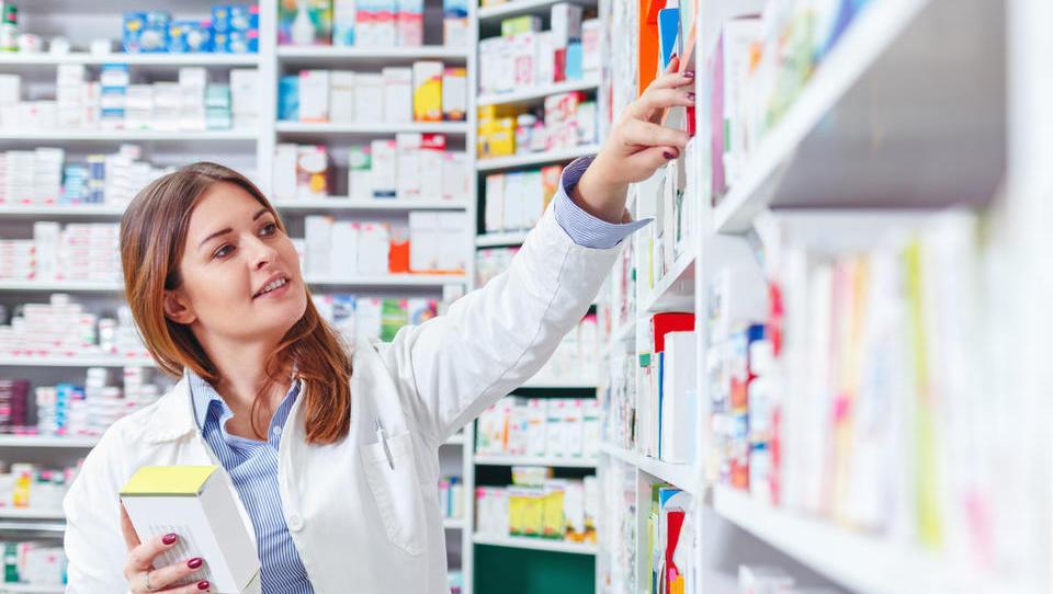 Nova lekarniška storitev Pregled uporabe zdravil dobro sprejeta