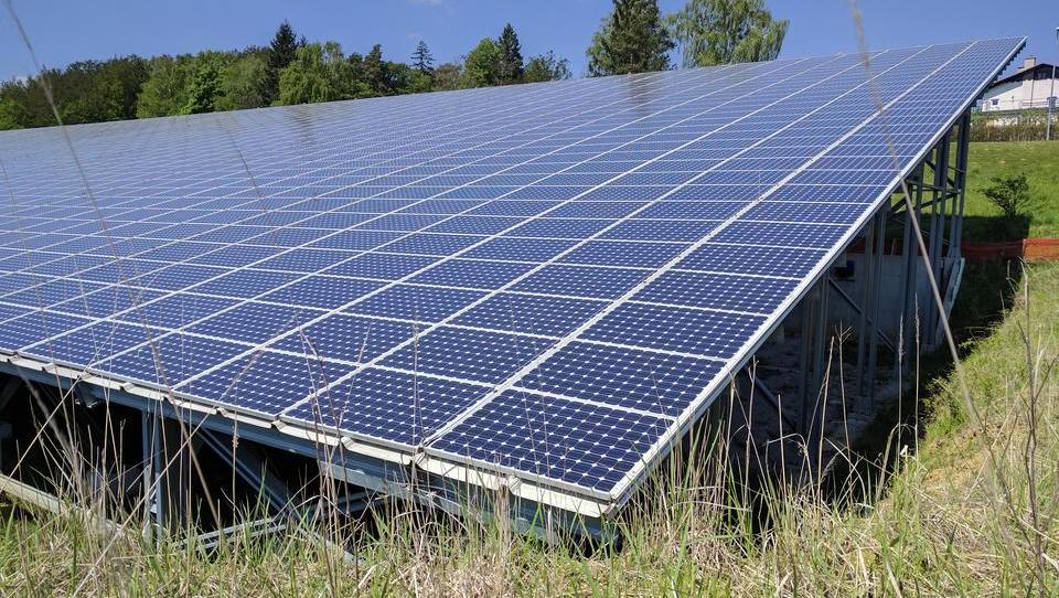 Obnovljivi viri: vse več jih je, cene so vse nižje