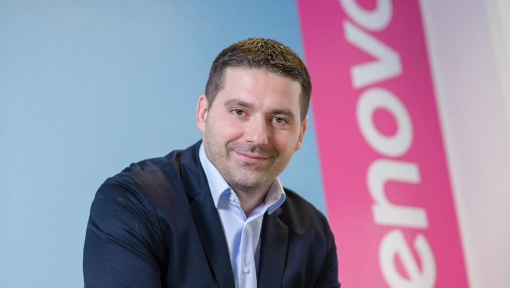 (Intervju) Skoraj vsak tretji prodan računalnik v Sloveniji je znamke Lenovo
