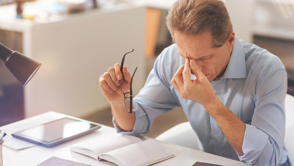 Varčevanje za pokojnino največji finančni stres za Američane