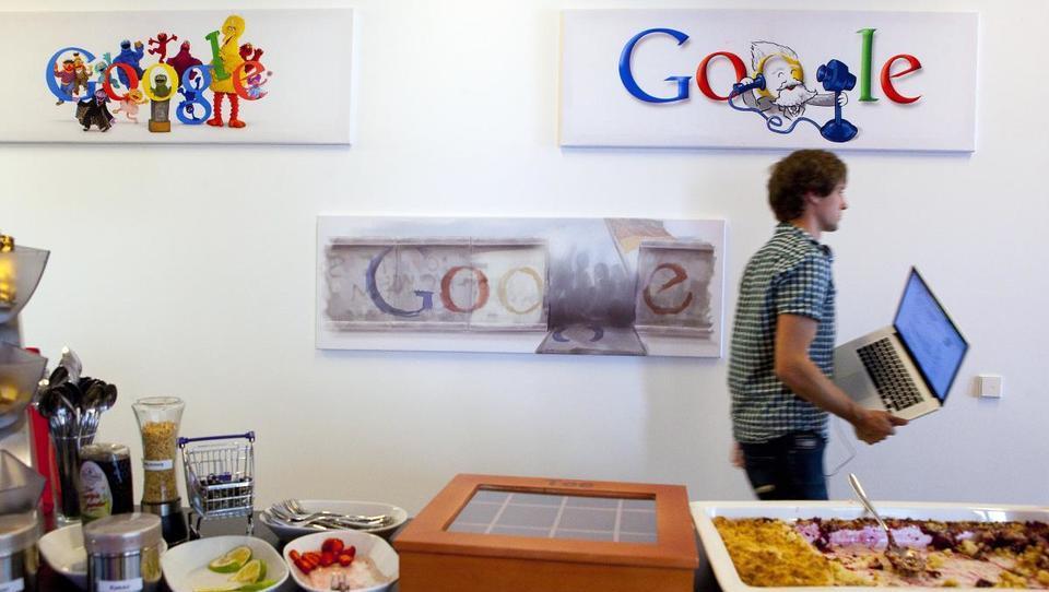 Top službe - Google zaposli Slovenca; službe tudi v Bayerju, Cosylabu, SDH, MDS, BSi in 15 podjetjih