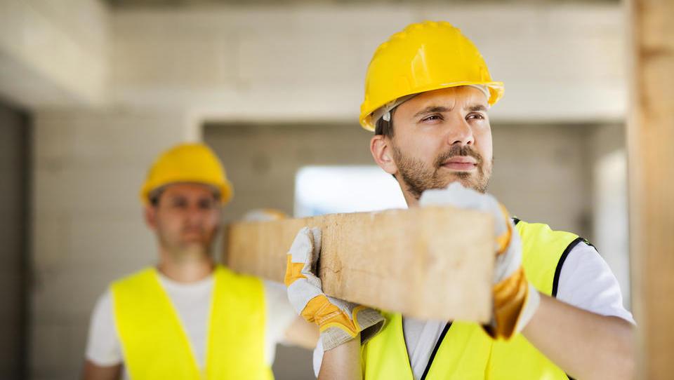 Podjetniki in posamezniki, tako vam bo življenje grenila nova gradbena zakonodaja