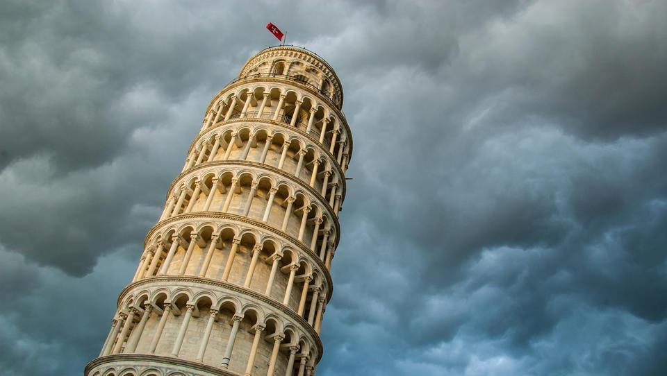 Zakaj na trgu nervozno pogledujejo proti Italiji