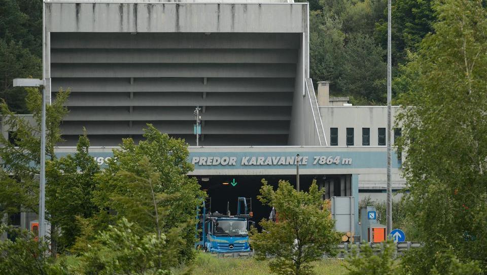 V Avstriji so odprli ponudbe za gradnjo druge cevi predora Karavanke,...