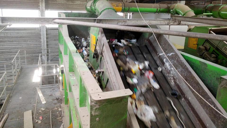 Snagina skladišča odpadne embalaže bi spraznili, če …