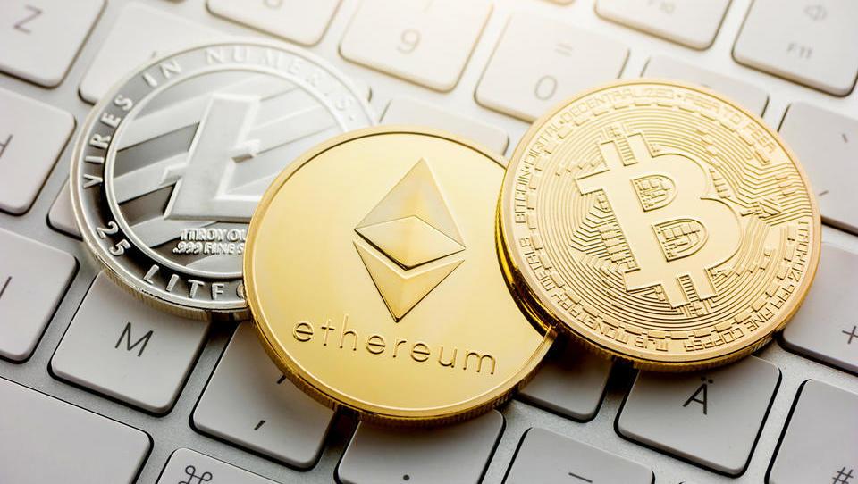 Kriptopodjetniki in finančniki o kriptomaniji