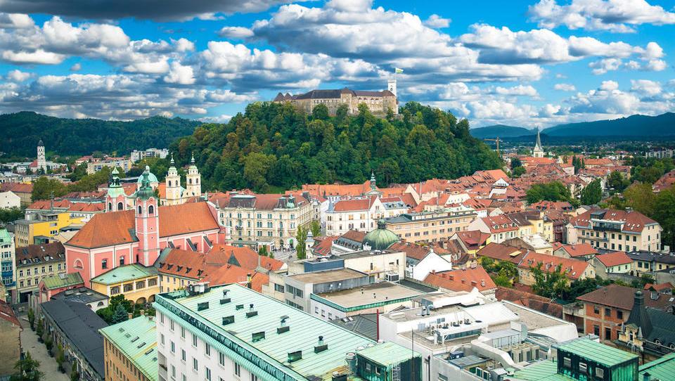 Nepremičnine: Kakšna je v Ljubljani razlika med oglaševano in doseženo ceno stanovanj?