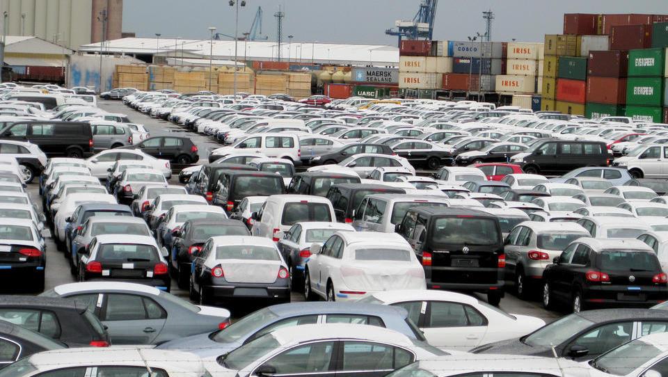 V Nemčiji krepka rast prodaje novih avtomobilov, prodaja dizlov upadla