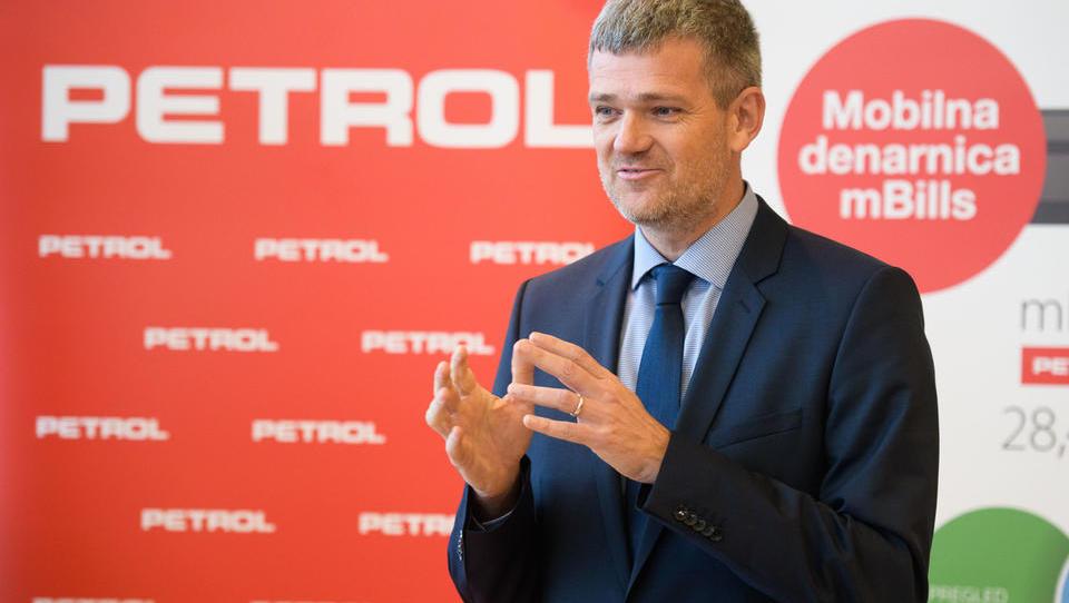 Petrol rekordno, Berločnik pa tudi