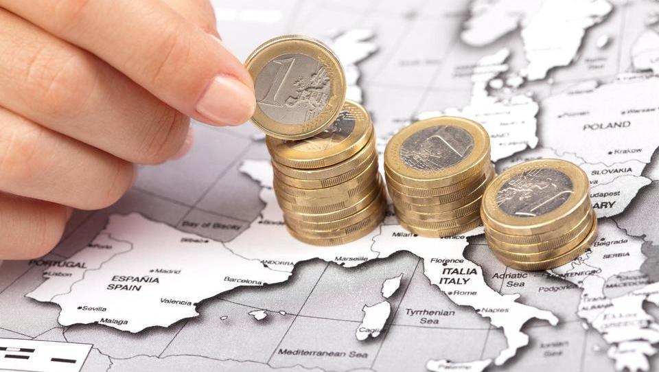 Januarja večji obseg posojil podjetjem na območju evra