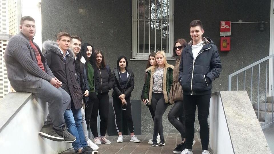 (V ŽIVO iz MILANA):  9 od 10 dijakov uspešno upravljalo z žepnino