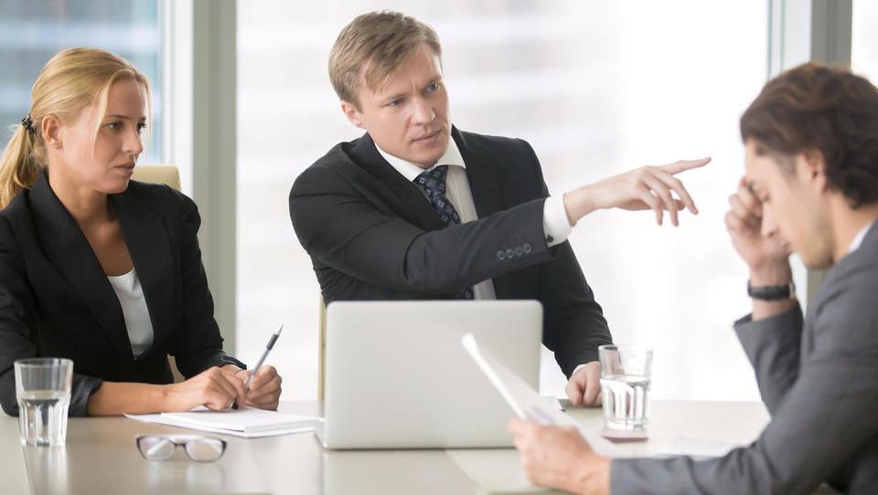 Ste zaposlili napačnega sodelavca? Na kaj bodite pozorni pri odpovedi