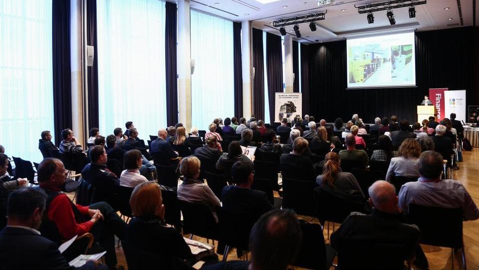 Dolga vrsta do okolja prijaznih izdelkov slovenskega gospodarstva