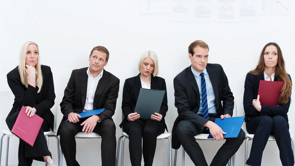 Nove sodelavce ob koncu lanskega leta iskalo vsako peto podjetje