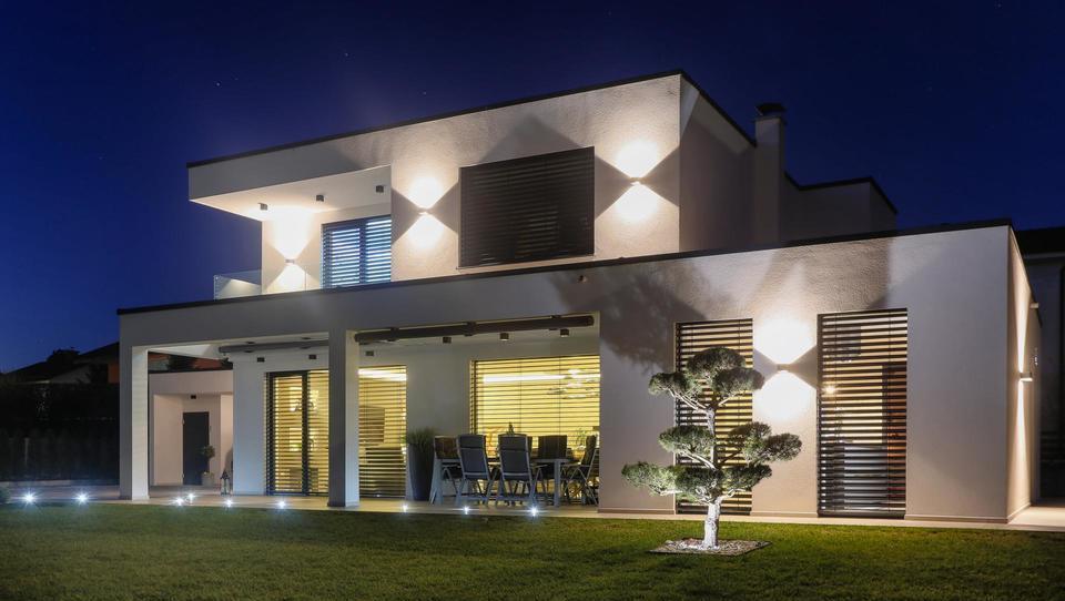 Rihter tudi s sončnimi elektrarnami za individualne hiše