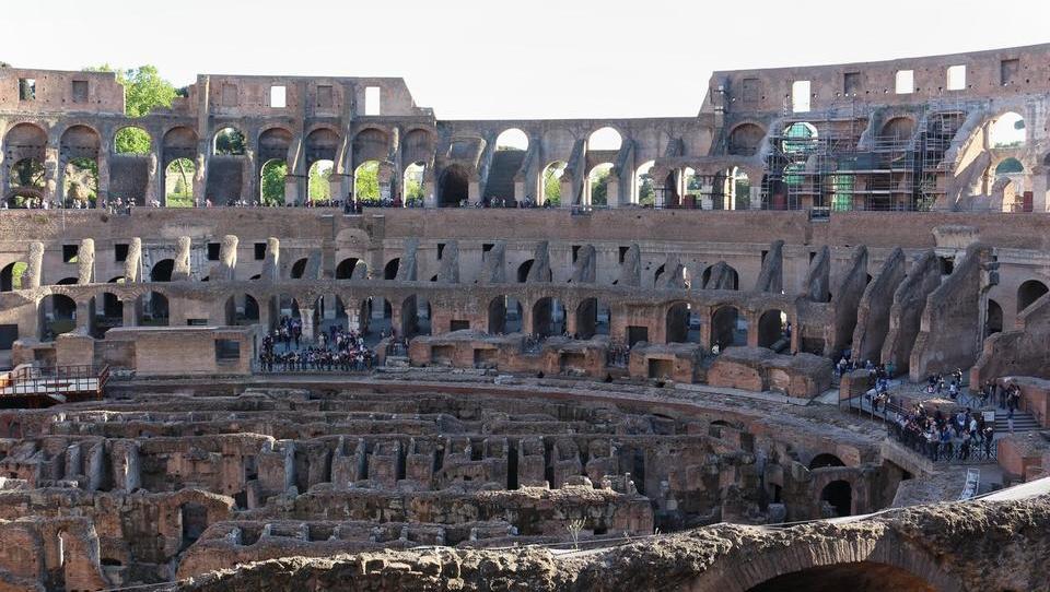 Med izganjalci dizla tudi Rim. Vendar ne zaradi zdravja meščanov.