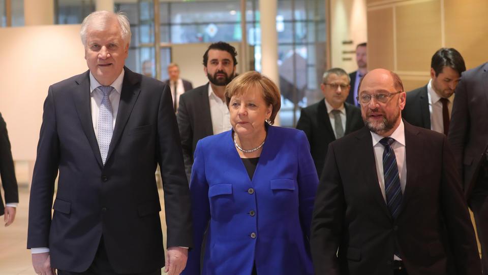 Hitri pregled tedna: Nemci so se le dogovorili o veliki koaliciji in novi kolektivni pogodbi, Kitajci pa bi gradili v Črni gori