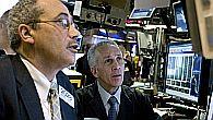 Wall Street previdno zdrsnil