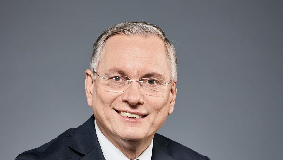 Kako se Avstrija in Luksemburg spopadata z dolgotrajno brezposelnostjo