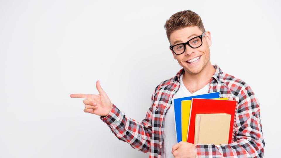 Teh 10 finančnih lekcij naučite svoje otroke, preden gredo od doma!