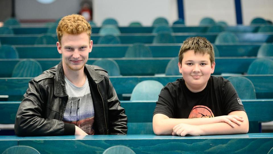 3. tekmovanje iz finančne pismenosti Lovro in Tilen državna prvaka iz znanja financ