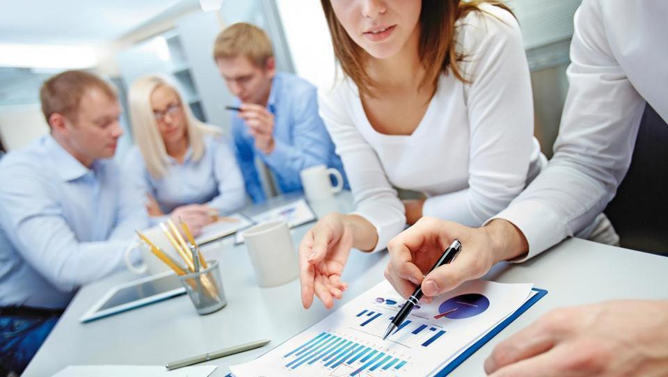9 nasvetov za nagrajevanje tržnikov in prodajnikov
