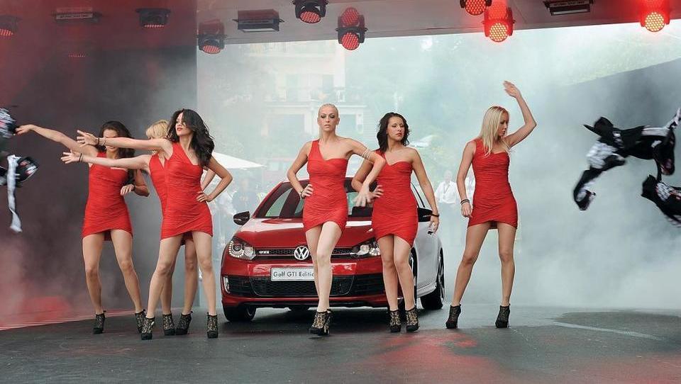Volkswagen lani zaradi afere zaslužil le 14,6 milijarde evrov